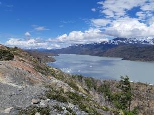 Randonnée menant au Mirador du Glacier Grey.