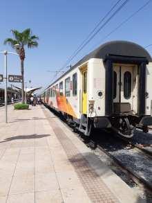 Le train, une bonne façon de se déplacer au Maroc.