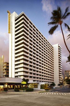 ambassador-hotel-waikiki